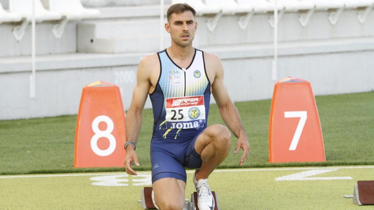 Javi López, antes de iniciar una carrera.