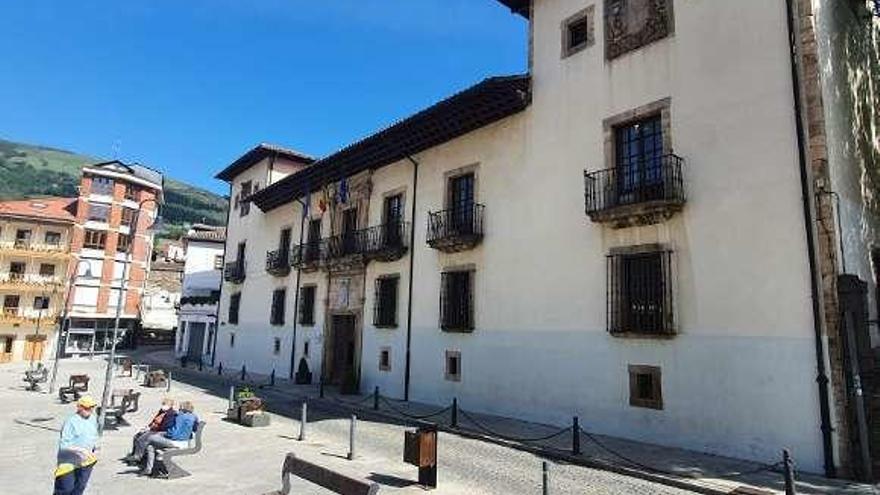 Cangas del Narcea, entre los concejos rurales con más palacios y casonas