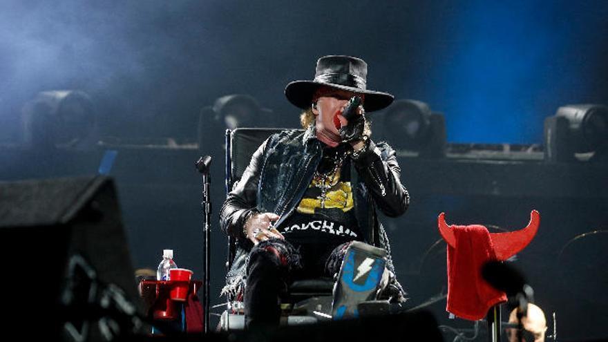 AC/DC inicia en Lisboa la gira europea con Axl Rose como cantante