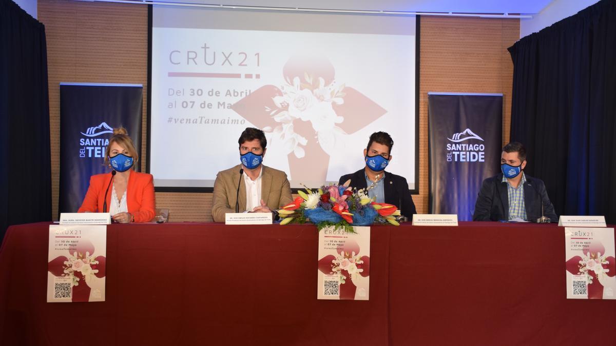 El Alcalde presenta el programa de actos del evento CRUX21