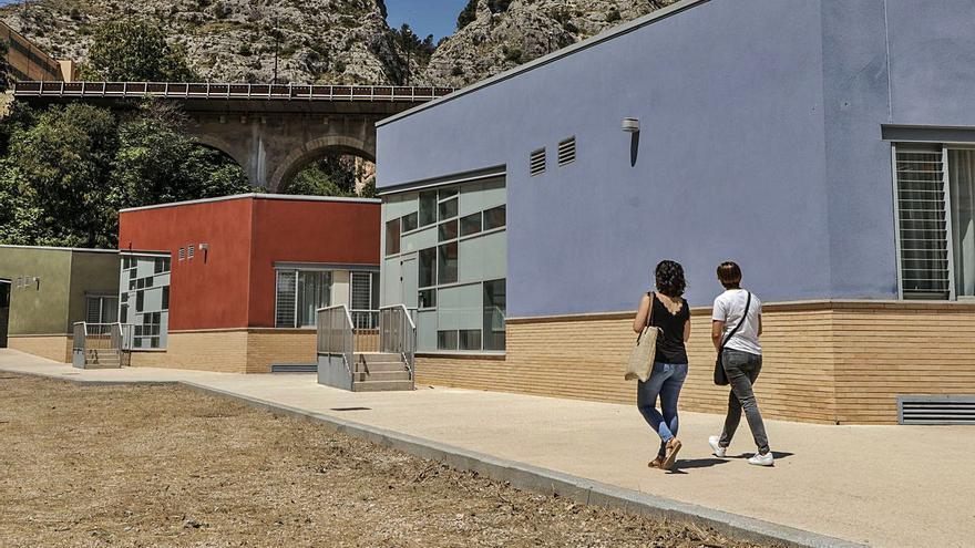 El Centro de Enfermos Mentales de Alcoy abrirá «en breve» tras once años de retrasos