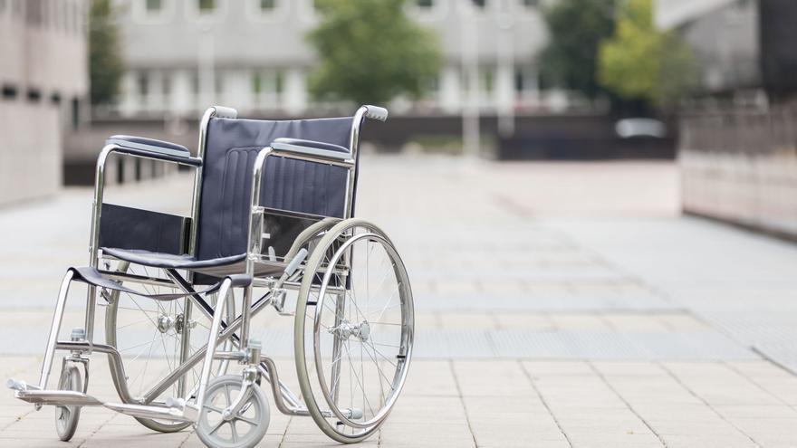 Un hospital de Murcia indemnizará a una paciente por dejarla en silla de ruedas
