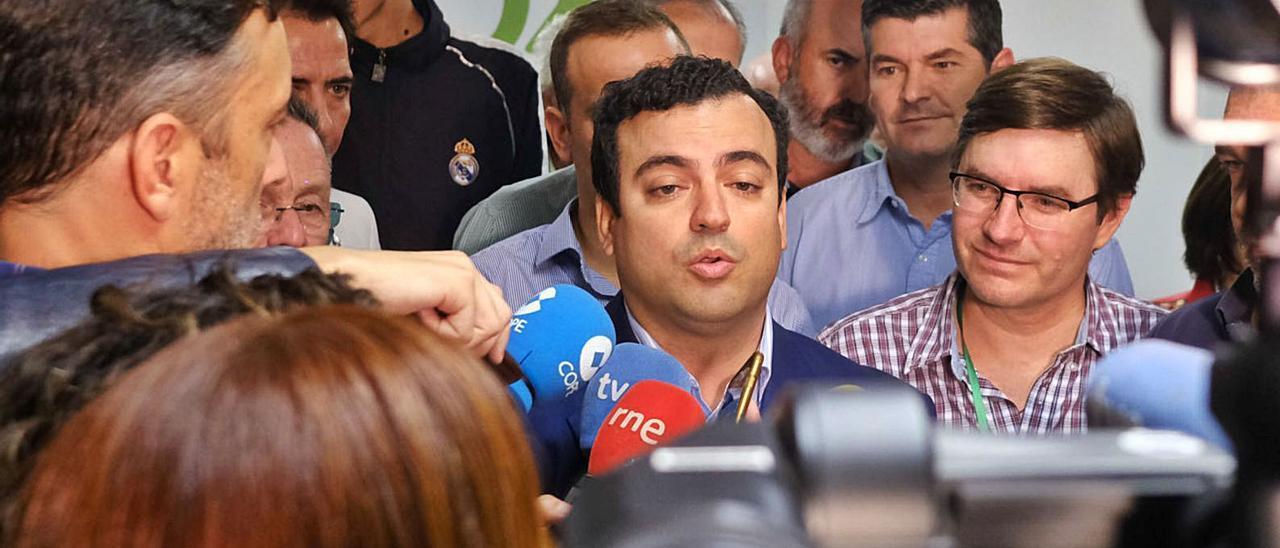 Alberto Rodríguez, diputado de Vox por Las Palmas, que enlaza su agenda a las previsiones de la web del Congreso.  | | JOSÉ CARLOS GUERRA