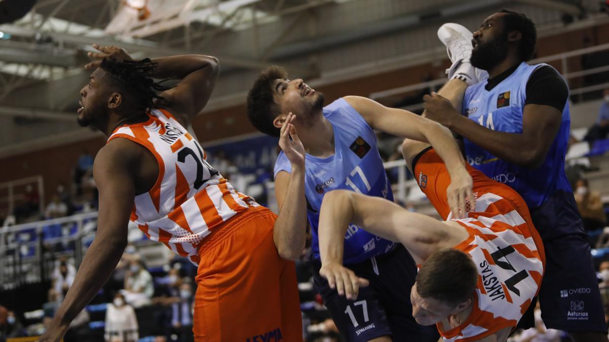 La derrota del Oviedo Baloncesto, en imágenes