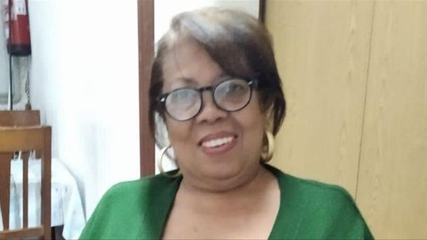 La mujer de 63 años muerta con COVID a las puertas de su casa intentó vacunarse cuatro veces, sin éxito