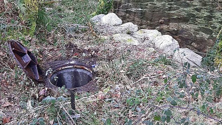 Realizan tareas de limpieza en la ETAP de Cerdedo y sus captaciones de agua tras los últimos temporales