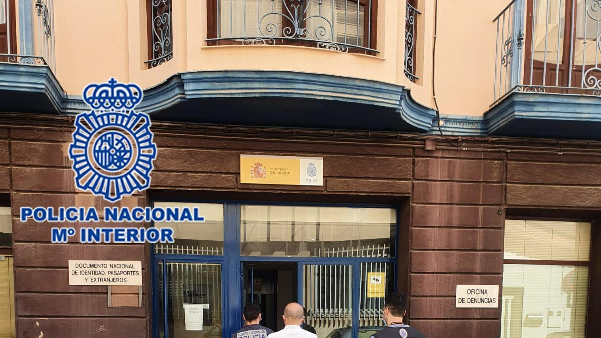 Detenida una pareja en Alcantarilla por fingir el robo de un teléfono móvil