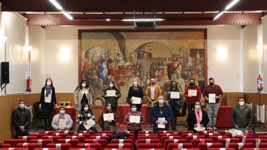 """La entrega de diplomas pone fin al programa formativo """"Lagares"""" en Benavente"""