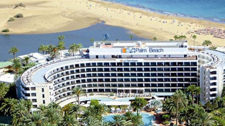 Berriel retrasa la solución de consenso para recolocar los hoteles del Oasis
