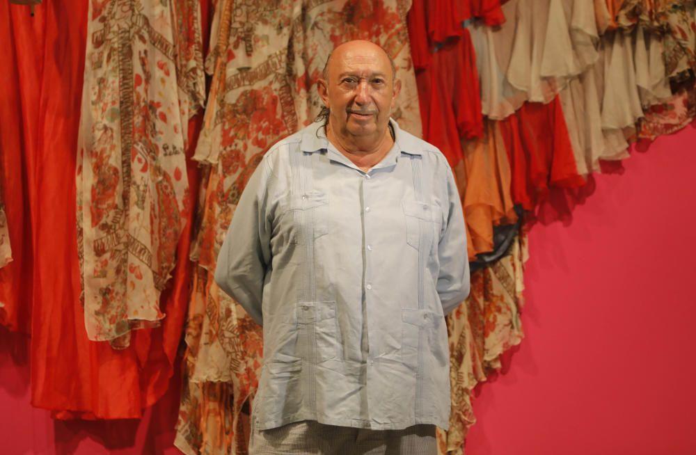 Exposición en el MuVim sobre los 50 años de la carrera de Francis Montesinos