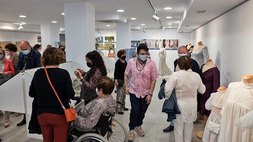 Inauguración de 'Moda en Ibiza: coser y vestir'