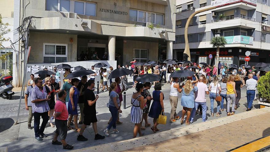 Un juez obliga al Ayuntamiento de Torrevieja a abonar también productividad en las pagas extra