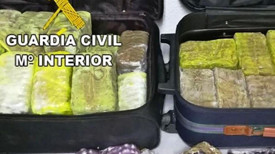 Ocho años de cárcel para tres detenidos con 10 kilos de hachís