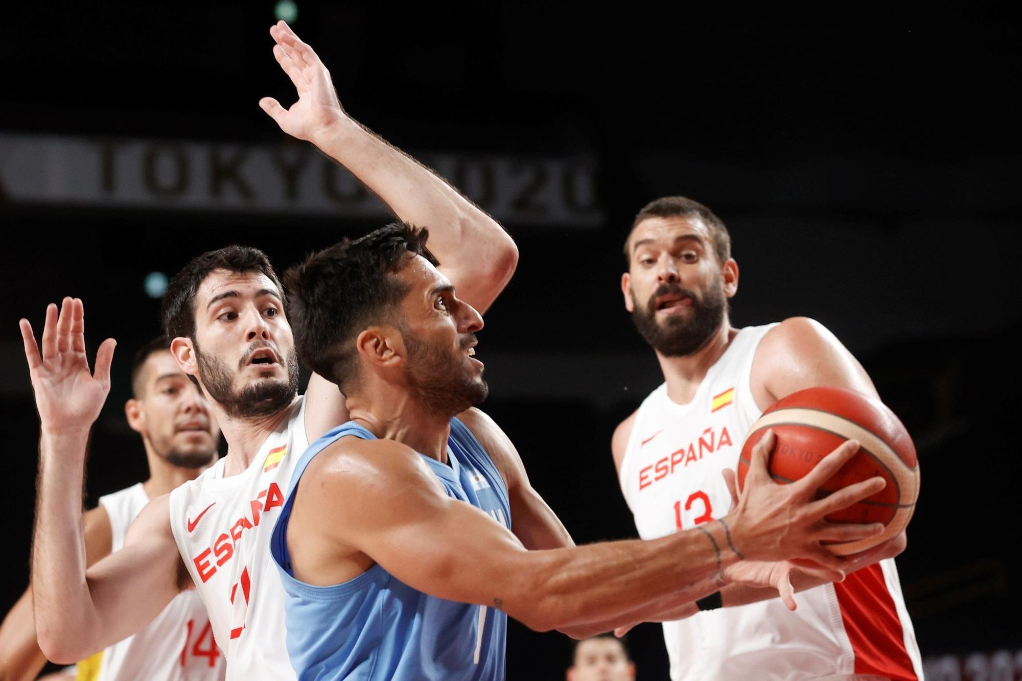 Una imagen del partido de baloncesto de los JJOO entre España y Argentina