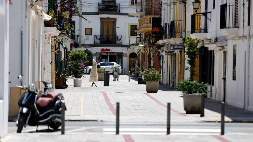 La ola de calor provoca altas temperaturas nocturnas en Ibiza y Formentera