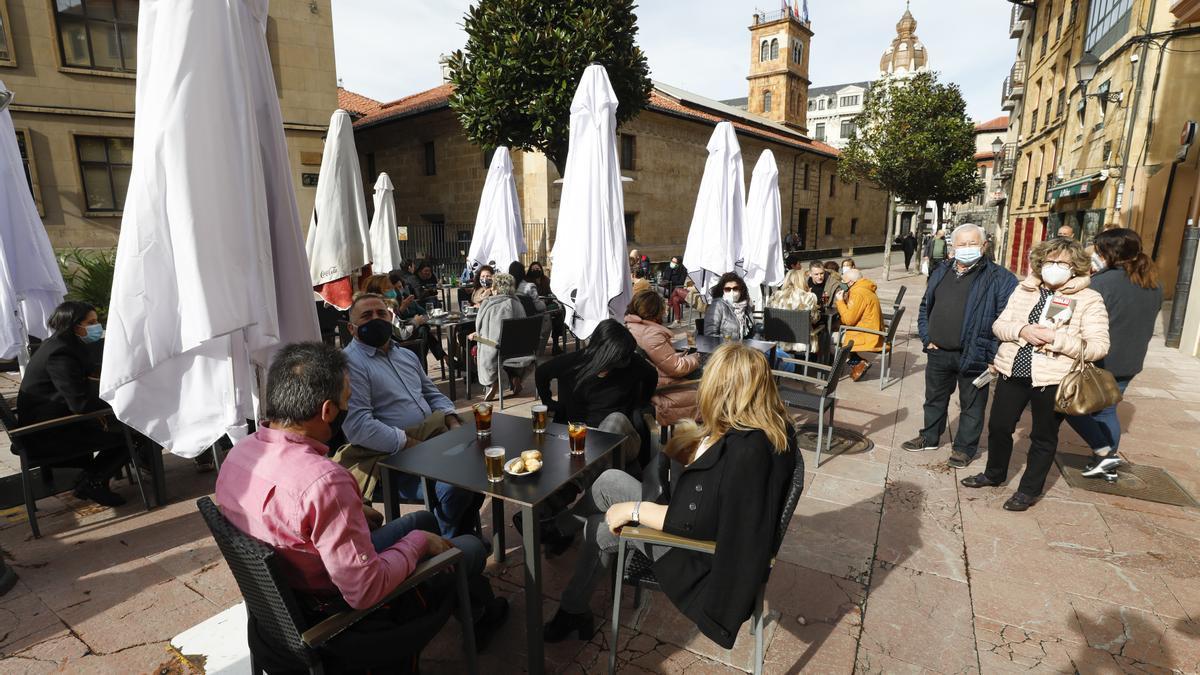 Una terraza hostelera en Oviedo.
