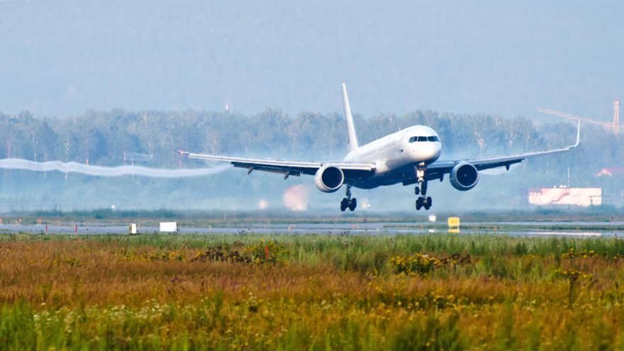 El transporte aéreo contribuye en un 3,5% al cambio climático