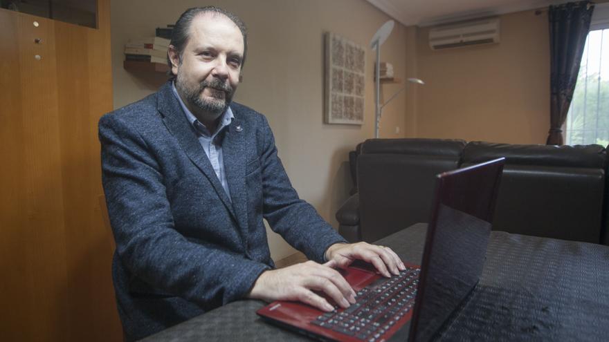 De la cátedra a las redes sociales: derechos laborales a golpe de tuit