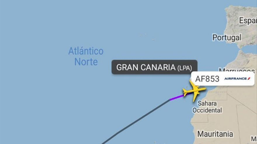 Desvían un vuelo a Gran Canaria al ponerse de parto una pasajera