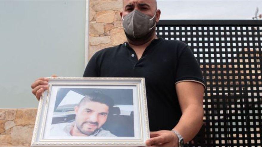 """El hermano del hombre asesinado en Cartagena: """"Llevaban meses amenazándolo"""""""