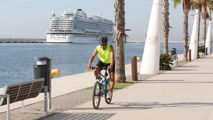 El puerto de Alicante recupera el turismo de cruceros con 97 escalas previstas hasta diciembre de 2022