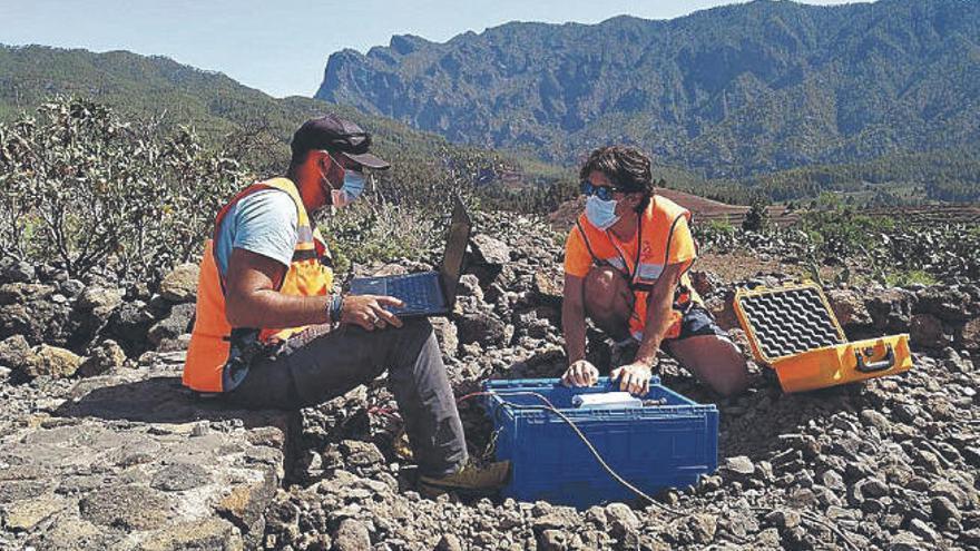 Detectan 50 seísmos de baja magnitud en el volcán de Cumbre Vieja