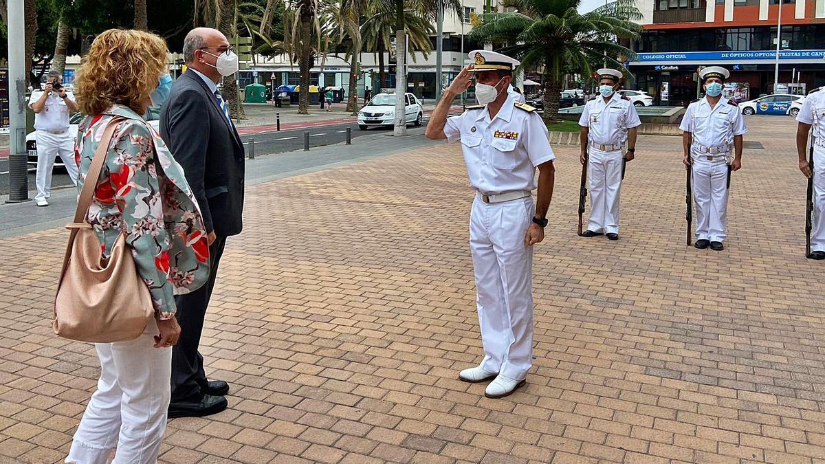 Visita al Mando Naval de Canarias    LP / DLP