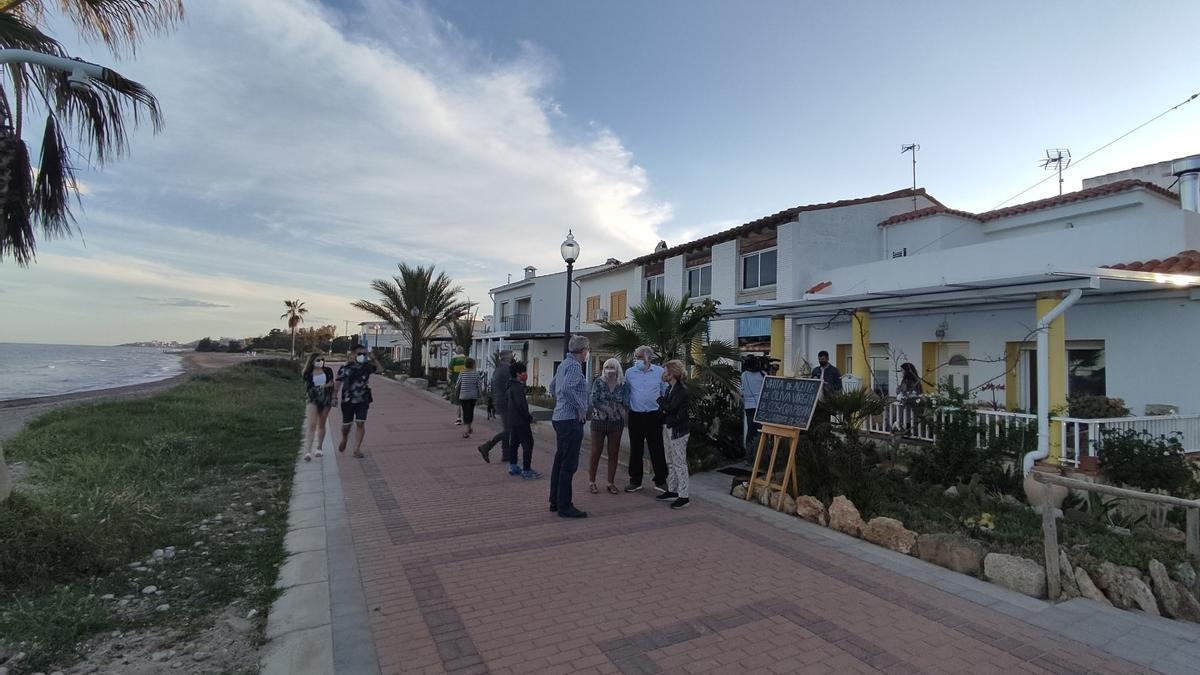 Imagen del poblado marítimo de Torre la Sal, en Cabanes, cuyos vecinos temen por el futuro de sus viviendas tras la polémica carta enviada por Costas.