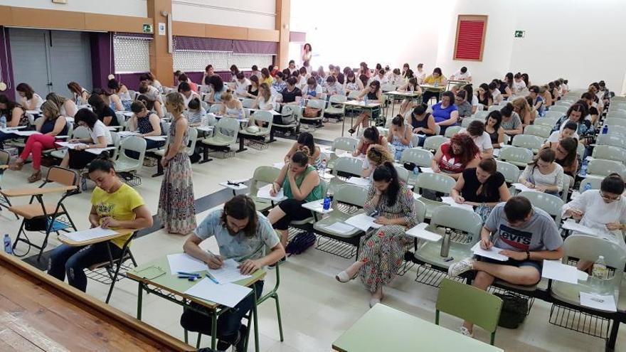 Avalancha de profesores al borde de la jubilación