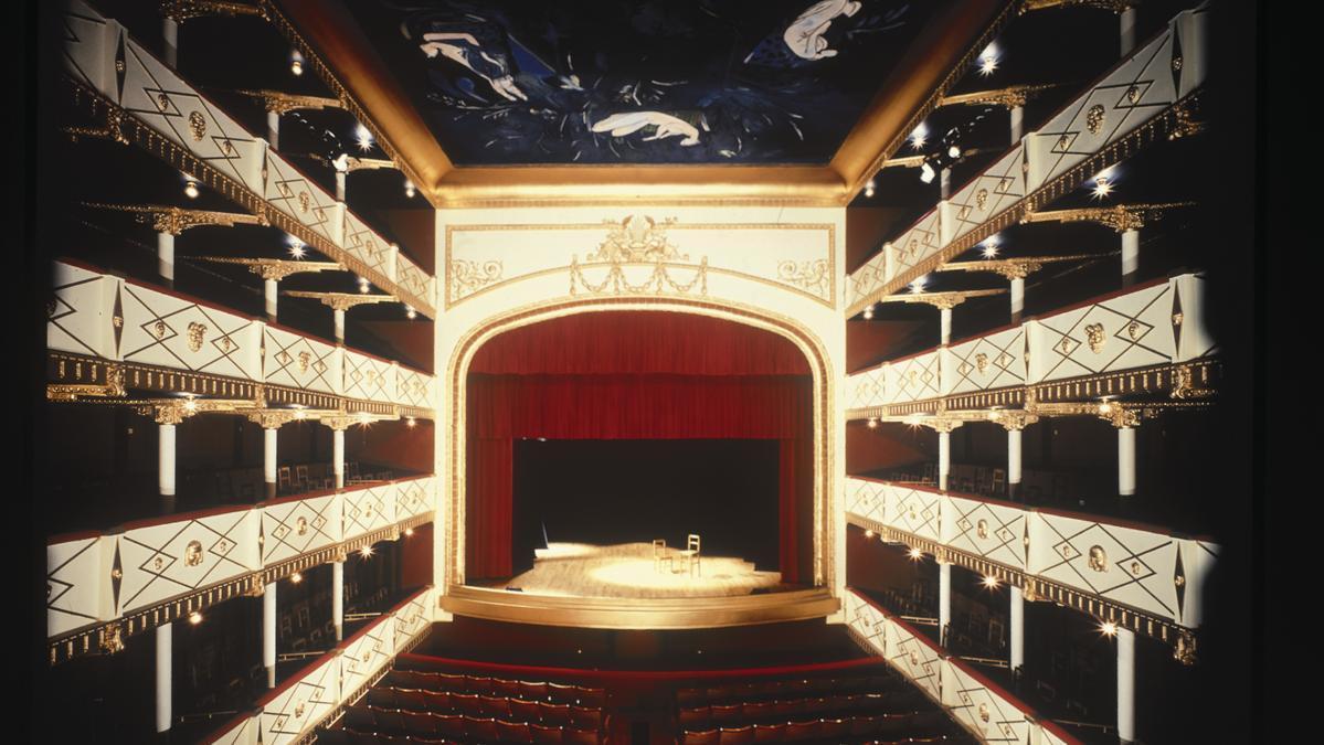 Teatro Reina Sofía de Benavente.