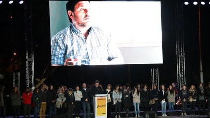Els consellers i líders d'entitats empresonats agraeixen el suport en cartes llegides en la manifestació