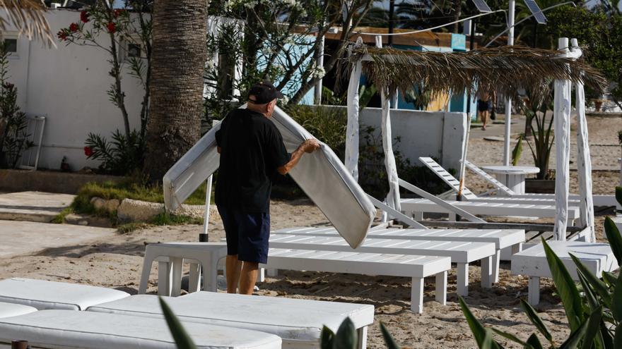 Los hoteleros de Ibiza confían en que la 'demanda embalsada' impulse el turismo