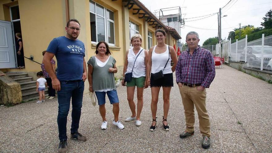 Marco Fernández preside la nueva asociación vecinal de Naveces