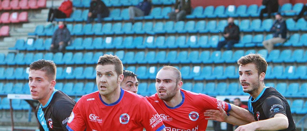 El UD Ourense es el equipo que visitará este domingo A Lomba. |  // I. OSORIO