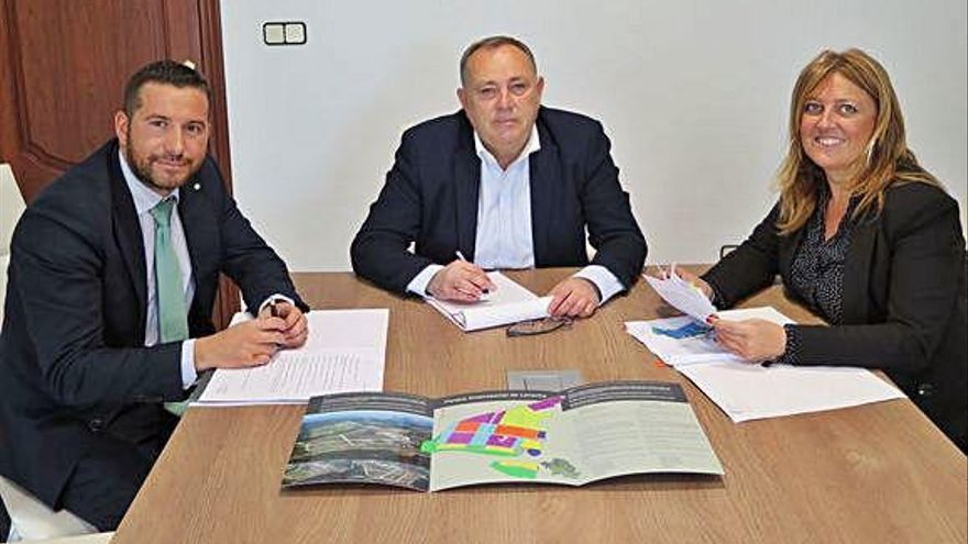 A Laracha estudia con la gestora del polígono industrial la viabilidad de una ampliación