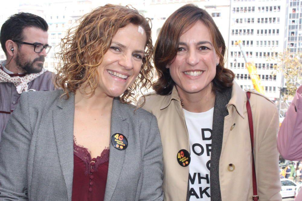 Pilar Bernabé, la concejala de deportes; y Elena Tejedor, de la Fundación Trinidad Alfonso