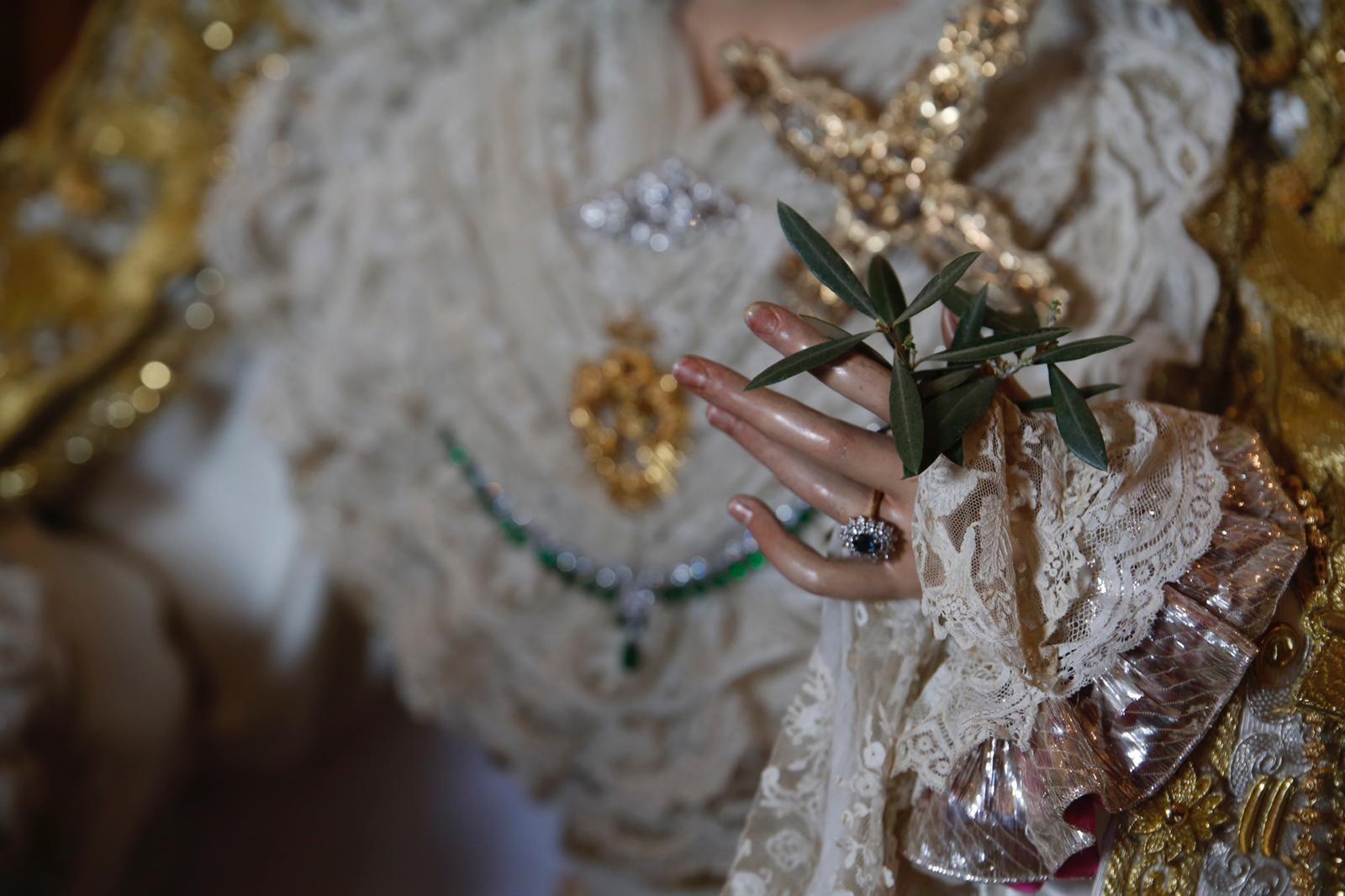 Veneración Virgen de la Paz