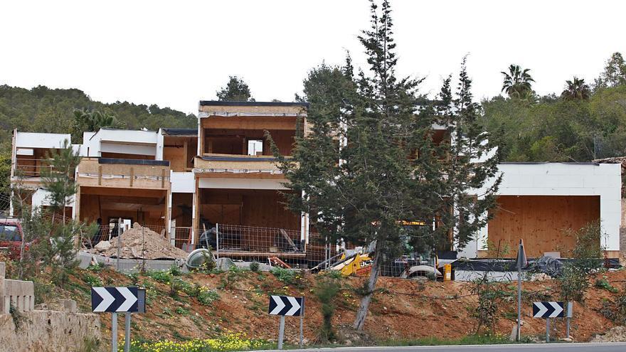 Sant Antoni descarta sancionar por ahora el inicio de las obras de las viviendas de Can Germà