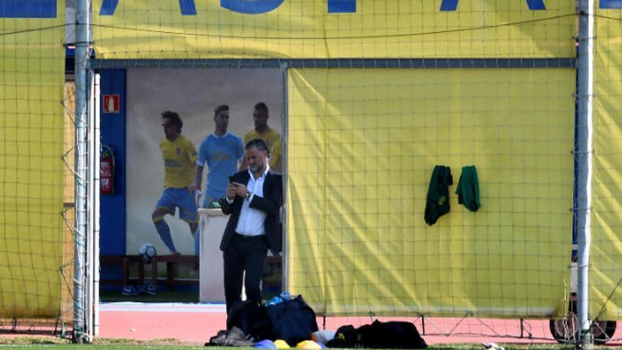 Juanito representa a la UD en una reunión de directores deportivos de LaLiga