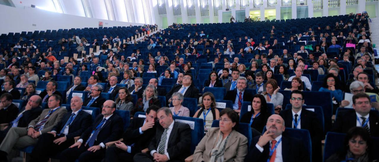 Participantes en un congreso de médicos celebrado en Oviedo.