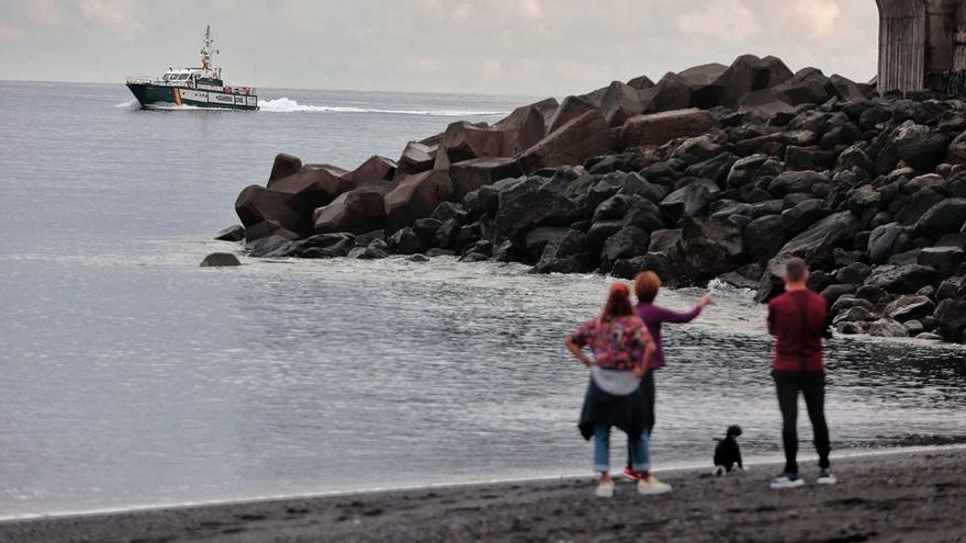 La Guardia Civil buscará a las niñas desaparecidas y su padre en otras islas