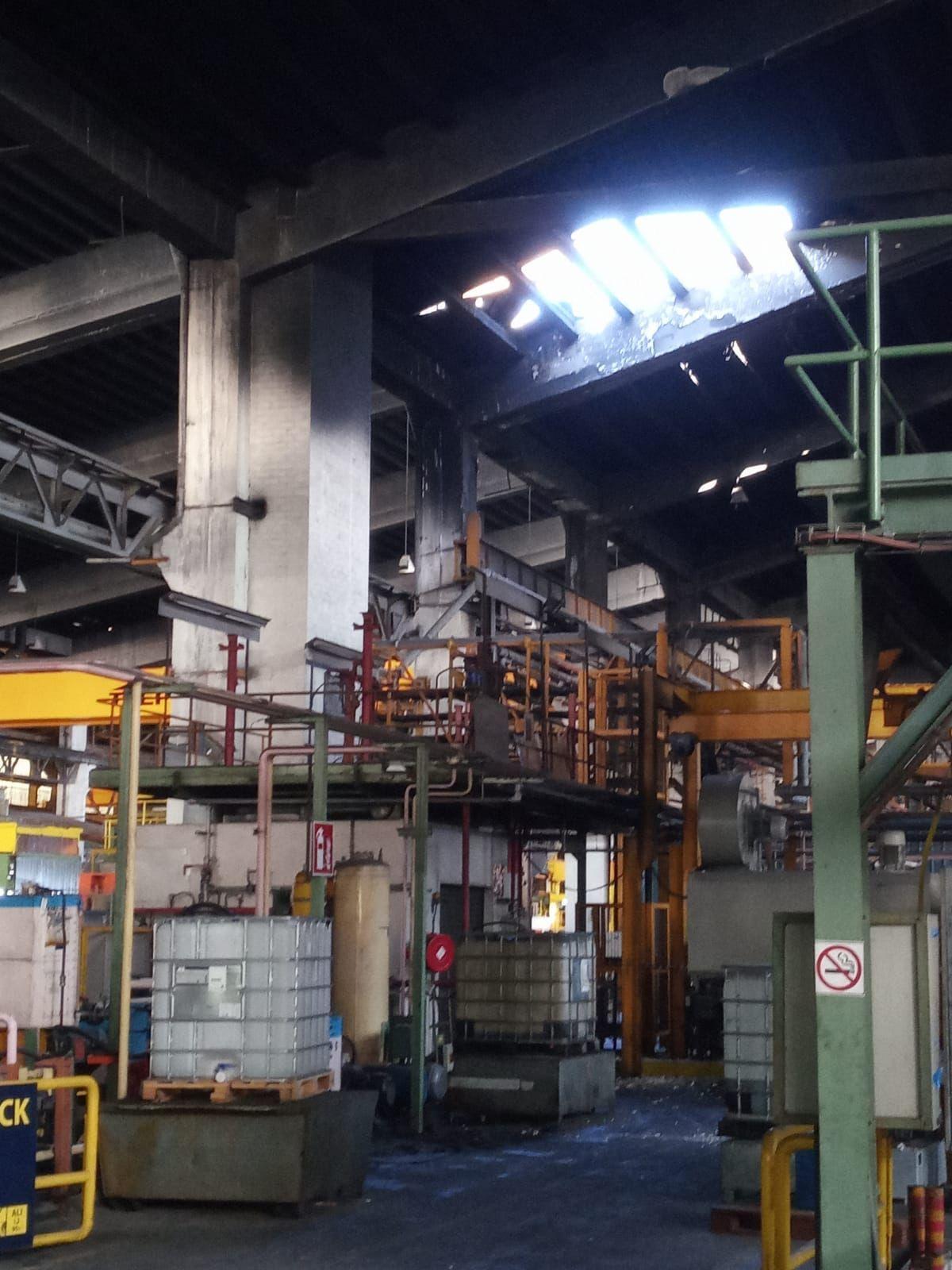 Incendio en una empresa de aluminio en Alicante