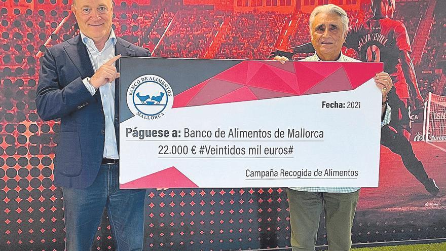 El Mallorca dona 22.000 euros al Banco de Alimentos