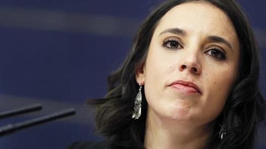 L'autor del poema masclista a Irene Montero, condemnat a pagar-li 50.000 euros