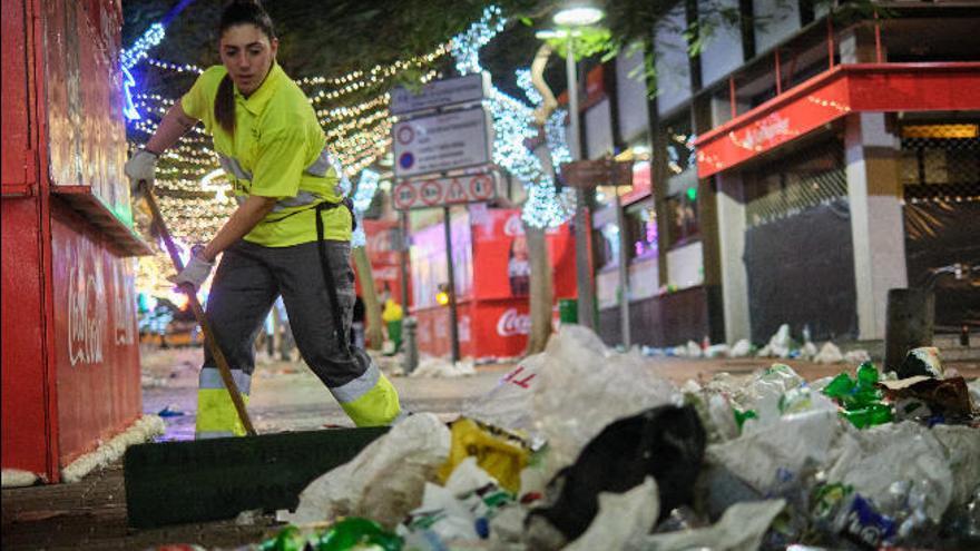 376.000 kilos de basura recogidos en el Carnaval de Santa Cruz