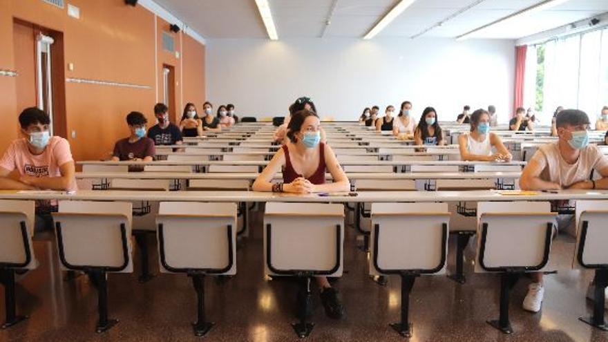 Prop de 40.000 alumnes, matriculats per les proves de selectivitat