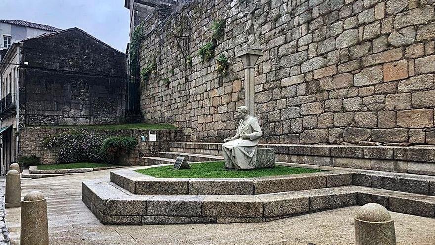 Tui reubicará la estatua del Arcebispo Lago para cumplir con una sentencia