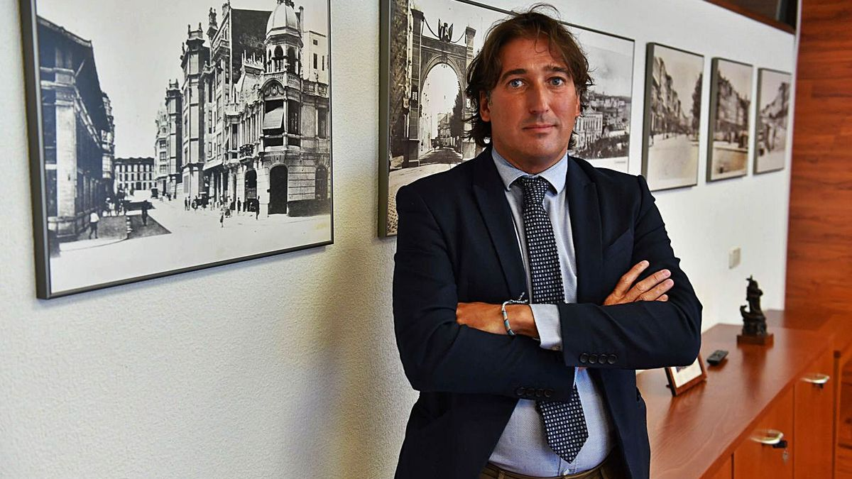 Pablo López Blanco, responsable del programa Xpande Digital, en la Cámara de Comercio.     // VÍCTOR ECHAVE