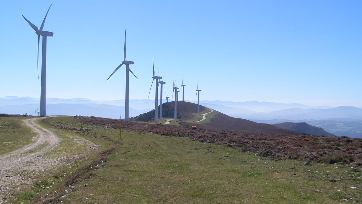Un parque eólico en Illano.