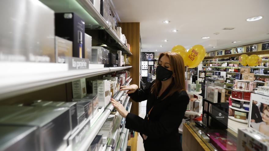 Nuevas restricciones y medidas en la Comunitat Valenciana | Comercios esenciales: Qué servicios siguen abiertos